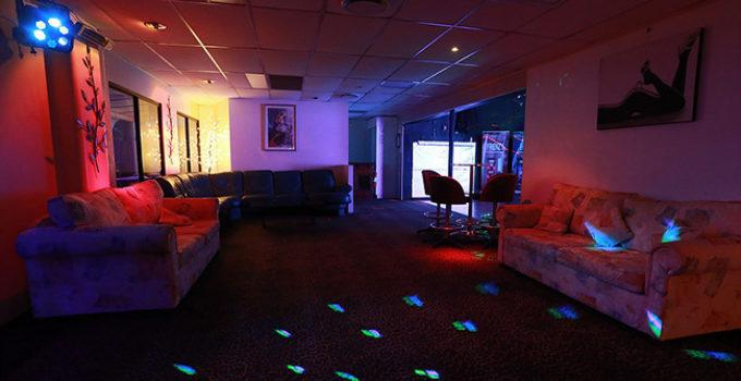 Social area at Chateau Vino swingers club